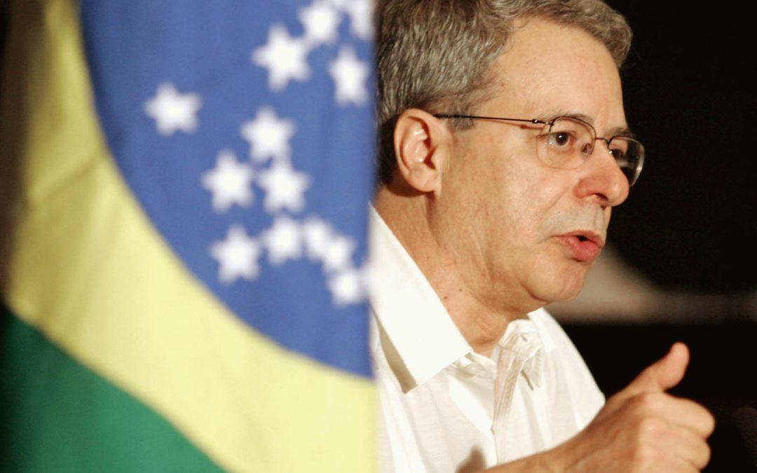 Frei Betto: 'Alerta à classe média'